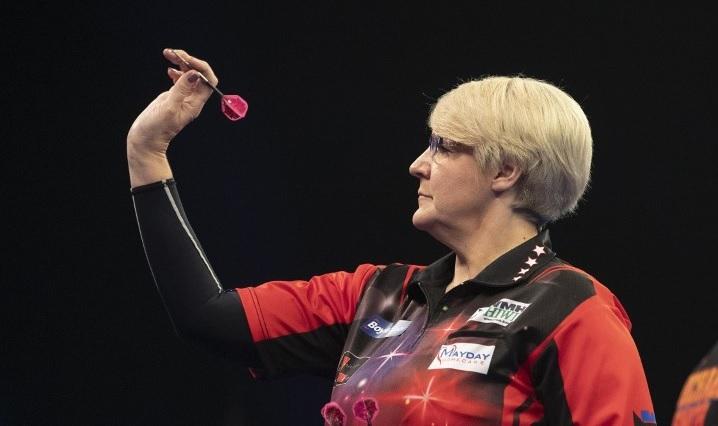 Ashton wint tiende toernooi op Women's Series