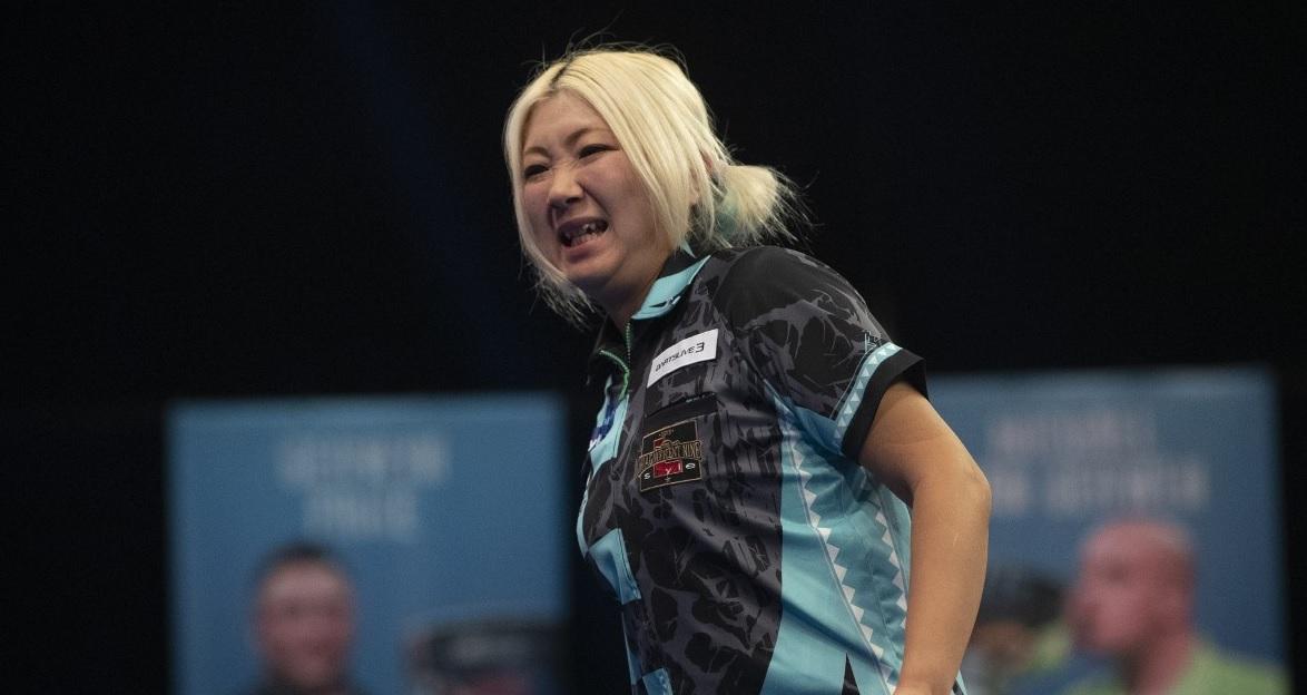 Suzuki zorgt op valreep voor nieuwe toernooiwinnaar op PDC Women's Series